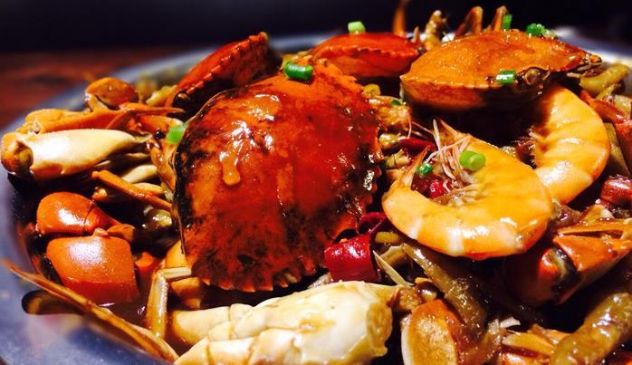 谷胖子肉蟹煲加盟費用多少 肉蟹煲加盟怎么樣