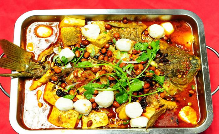 蓮年有魚碳烤魚加盟費用多少 烤魚加盟怎么樣