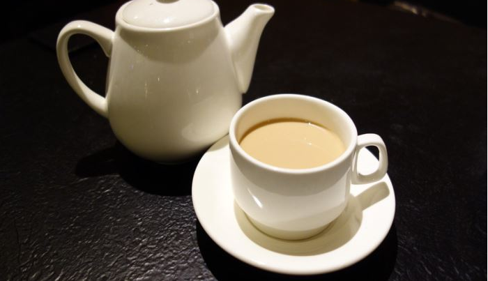 蜜蜜斟奶茶店加盟費用多少 飲品加盟怎么樣