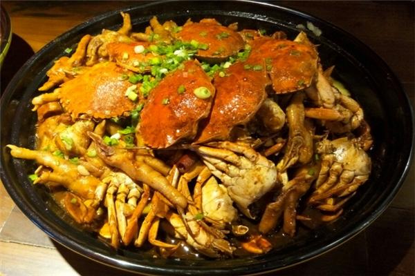 嘟嘴肉蟹煲加盟費用多少 肉蟹煲加盟怎么樣
