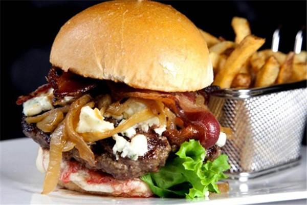 贝克汉堡西餐小吃加盟费用多少 快餐加盟怎么样